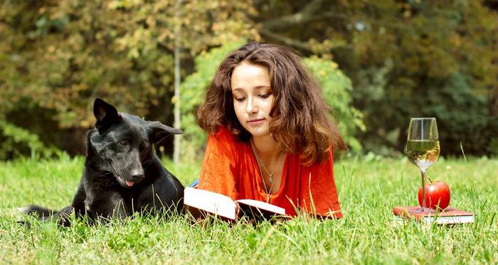 WomanReadingBook